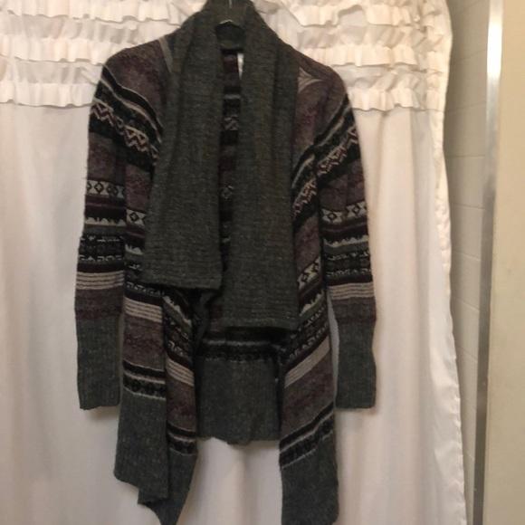 Kensie Sweaters - Aztec cardigan